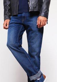 Tommy Hilfiger - MERCER - Straight leg jeans - midle blue - 3