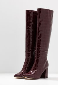 Miss Selfridge - OLYMPIA POINT STRAIGHT SHAFTKNEE HIGH - Stiefel - burgundy - 4