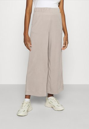 CILLA TROUSERS - Kangashousut - mole dusty light