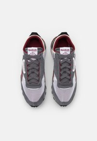 Reebok Classic - LEGACY UNISEX - Sneakersy niskie - cold grey/footwear white/matte silver - 3