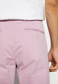 Tommy Hilfiger Tailored - STRETCH SLIM FIT PANTS - Tygbyxor - purple - 5
