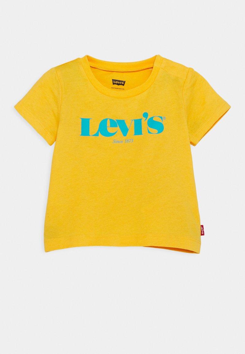 Levi's® - MODERN VINTAGE TEE - T-shirt con stampa - kumquat yellow