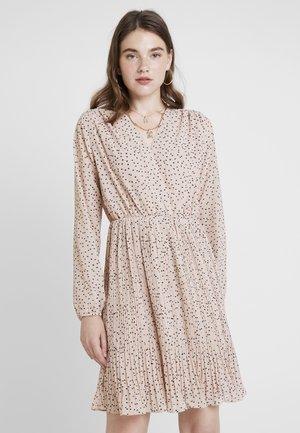 UMA DRESS - Day dress - crème brûlée