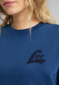 Lee - CREW - Sweatshirt - washed blue - 5