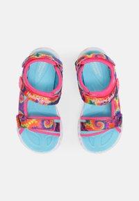 Skechers - HEART LIGHTS SANDALS - Sandály - hot pink/blue - 3
