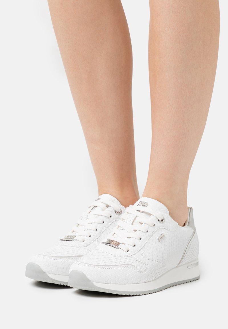 Mexx - EKE - Trainers - white