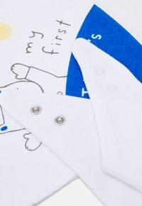 GAP - HOLIDAY BIB 5 PACK UNISEX - Foulard - optic white - 3