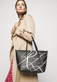 Lauren Ralph Lauren - GRAIN KEATON - Handbag - black - 0