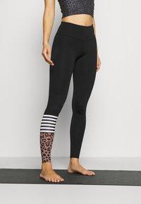 Hey Honey - LEGGINGS SURF STYLE - Leggings - black - 0