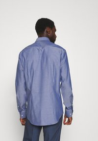 Tommy Hilfiger Tailored - DOBBY DESIGN CLASSIC - Formal shirt - blue - 2