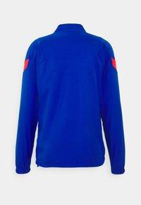 Nike Performance - ATLETICO MADRID  - Club wear - hyper cobalt/loyal blue/laser crimson - 3