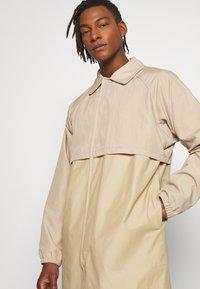 Gloverall - MENS CAR COAT - Krátký kabát - beige - 3
