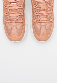 ONLY SHOES - ONLSIMBA CHUNKY - Sneakers laag - pink - 5
