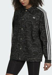 adidas Originals - JACKET - Cowboyjakker - black/white/silver met. - 3
