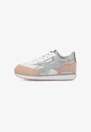 FUTURE RIDER ARCTIC - Trainers - white-peachskin
