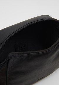 Bree - Across body bag - black - 4