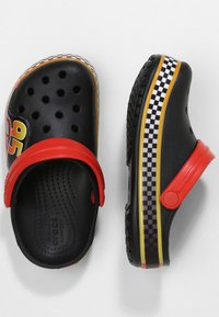 Crocs - FUN LAB DISNEY AND PIXAR CARS  - Pool slides - black - 1