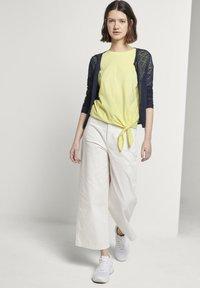 TOM TAILOR DENIM - Basic T-shirt - daffodil yellow - 1