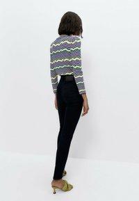 Uterqüe - MIT HOHEM BUND 00110651 - Jeans Skinny Fit - blue - 2