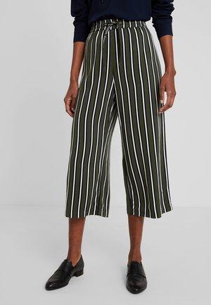 WIDE LEG TROUSERS - Spodnie materiałowe - combo