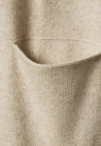 pure cashmere - LONG CARDIGAN - Cardigan - oatmeal - 2