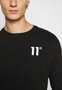 11 DEGREES - CORE - Long sleeved top - black - 6