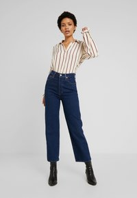 Levi's® - MARCEY - Button-down blouse - sandshell - 1