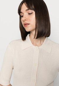 Selected Femme - SLFALLY  - Chaqueta de punto - sandshell - 3