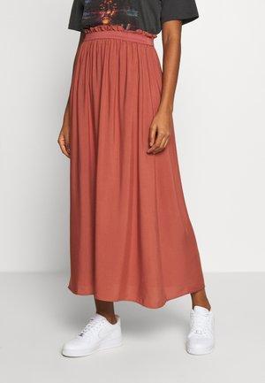 VMBEAUTY  - Plisovaná sukně - marsala