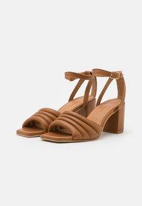 Pavement - BERNE - Sandals - tan - 2