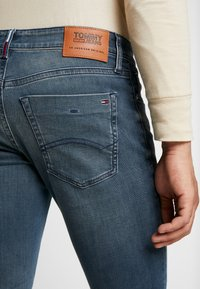 Tommy Jeans - SCANTON SLIM - Slim fit -farkut - blue denim - 3