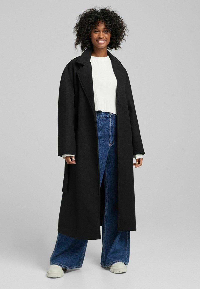 Bershka - MANTEL - Halflange jas - black