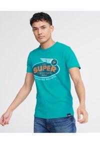 Superdry - MILITARY  - T-Shirt print - green - 0