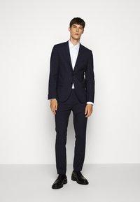HUGO - ARTI HESTEN - Suit - blue/red check - 0