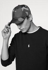 Polo Ralph Lauren - BASELINE UNISEX - Lippalakki - surplus - 1