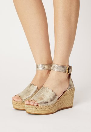 CAPRI - Platform sandals - carrara