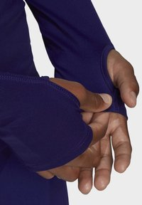 adidas by Stella McCartney - TRUEPACE HOODED LONG SLEEVE MIDLAYER TOP - Bluza z kapturem - purple - 4
