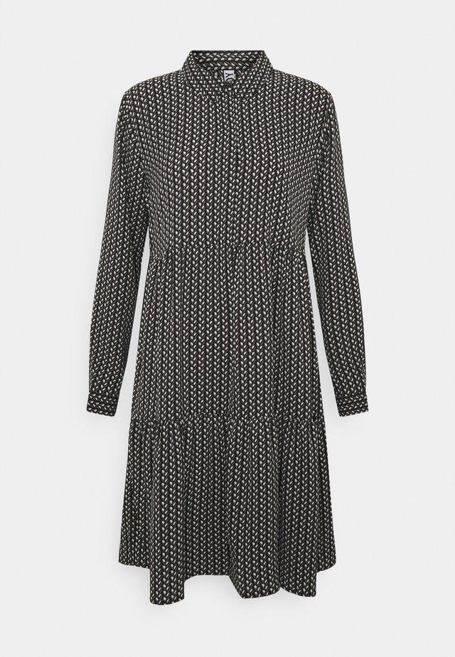 JDYPIPER DRESS - Skjortekjole - black/egret/natural geometric
