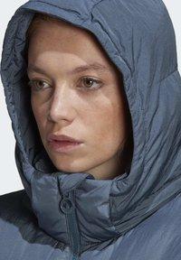 adidas Originals - WINTER REGULAR JACKET - Down jacket - legacy blue - 5