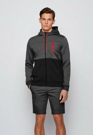 SAGGY - Sweater met rits - black
