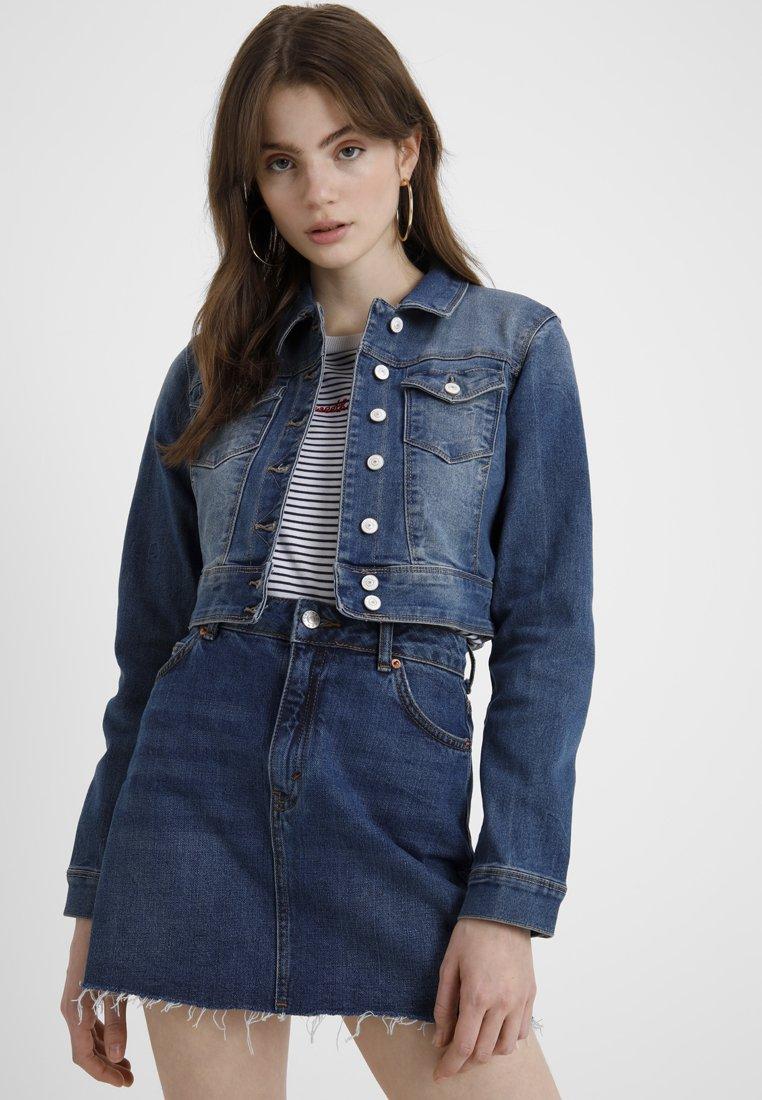 ONLY - ONLNEW WESTA CROPPED JACKET - Denim jacket - medium blue denim