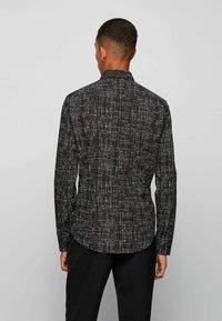 BOSS - RONNI - Camicia elegante - black - 2
