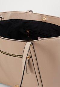 Anna Field - SHOPPING BAG / POUCH SET - Velká kabelka - beige - 4