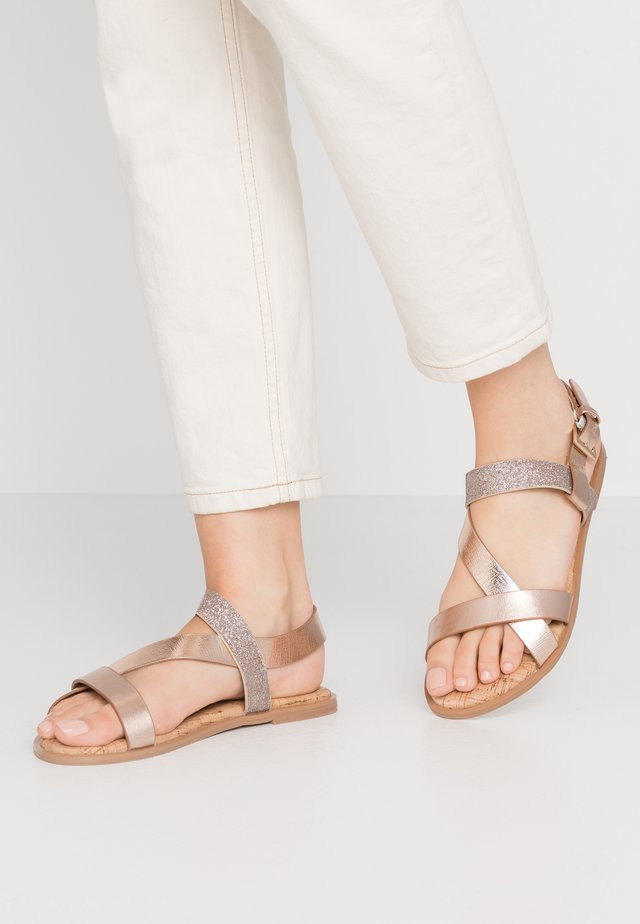 WIDE FIT FINO COMFORT ASYMETRIC - Sandals - rose gold