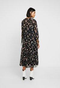 Madewell - TIERED BUTTON FRONT MIDI DRESS - Day dress - pom pom floral true black - 3