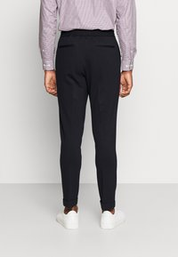 Isaac Dewhirst - THE RELAXED SUIT  - Kostym - dark blue - 5