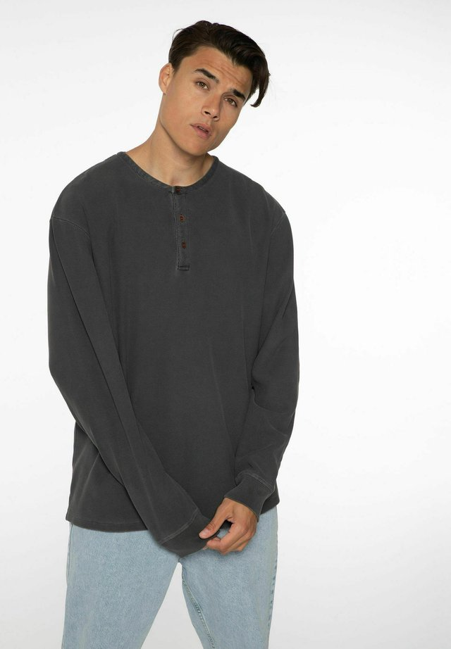 Langærmede T-shirts - deep grey