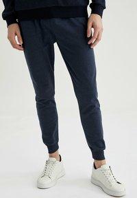DeFacto - Pantaloni sportivi - indigo - 4