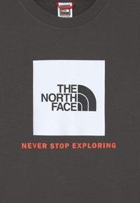 The North Face - BOX CREW UNISEX - Sweatshirt - asphalt grey/red orange - 2