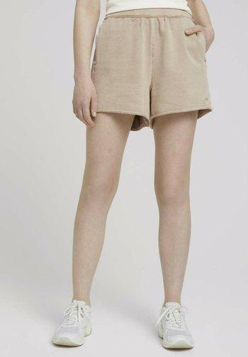 Shorts - dune beige